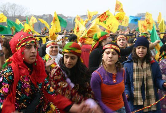 """Kurdistán: Turquía llama a la ocupación del """"corredor de paz"""""""