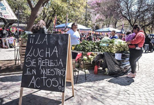 Mercado Barrial Itinerante: Donde hay trabajo digno, existen otros mercados posibles.