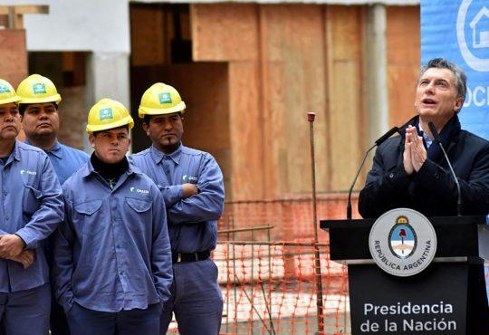 Macri y la sanción de un DNU al servicio del crimen laboral