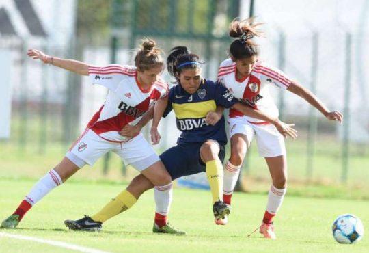 Vuelve el fútbol femenino