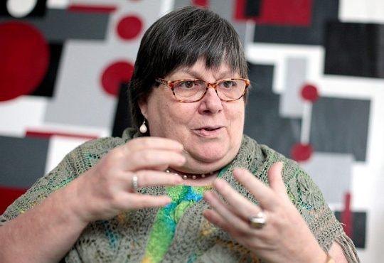 """Isabel Rauber: """"hace quince años atrás los indígenas no podían caminar por la misma vereda que los blancos"""""""