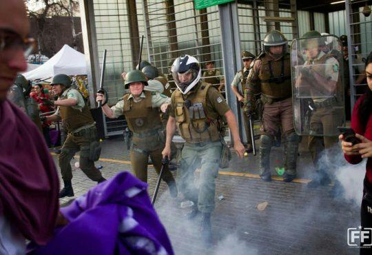 Santiago de Chile: Decretan estado de emergencia debido a manifestaciones por coste de la vida