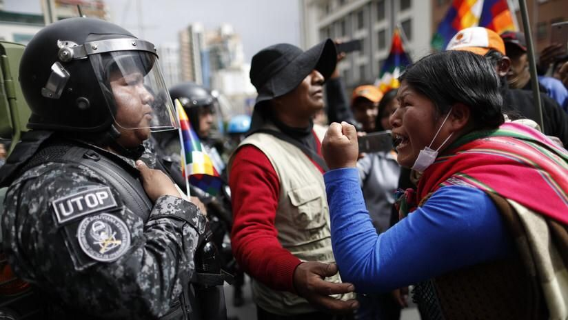 Dolores como piedras, y revoluciones - Marcha Noticias