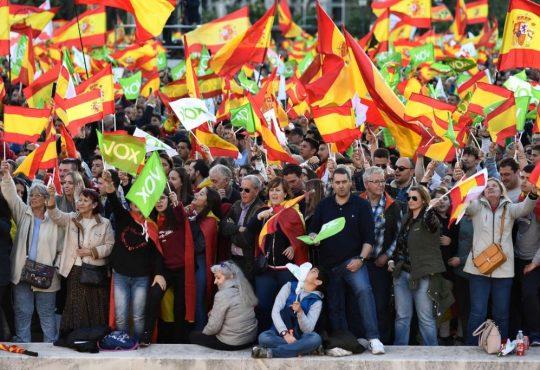 España: La obsesión presidencialista de Pedro Sánchez y reorganización del voto en la derecha