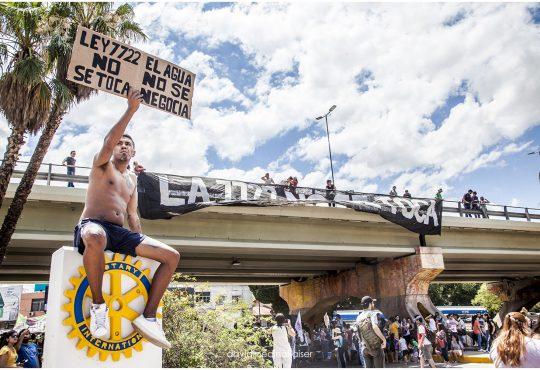 Mendoza: Señor gobernador, su tiempo es hoy. Mire las calles