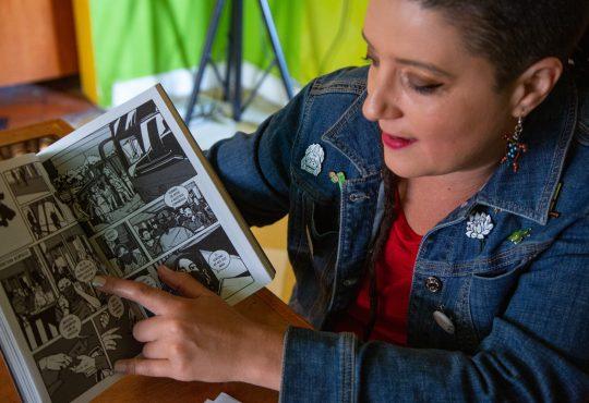 """""""Vivos se los llevaron"""". Una novela gráfica que narra la desaparición de los 43 desde un Guerrero combativo"""