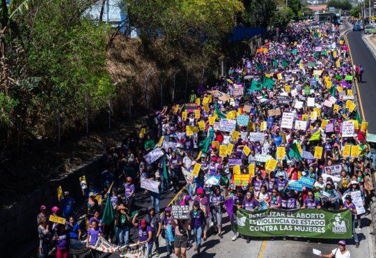 El Salvador: Bukele en su propia trampa