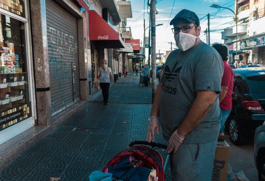 La pandemia desde el pie: en la calle no hay cuarentena