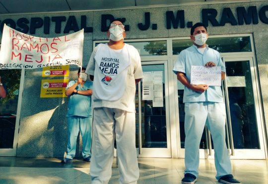 Coronavirus: contagios del personal y cierre de servicios en el Hospital Ramos Mejía