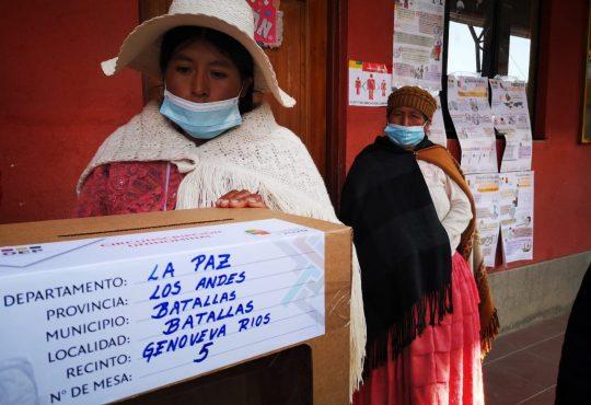 Elecciones en Bolivia: ¡el voto es plurinacional y se respeta!