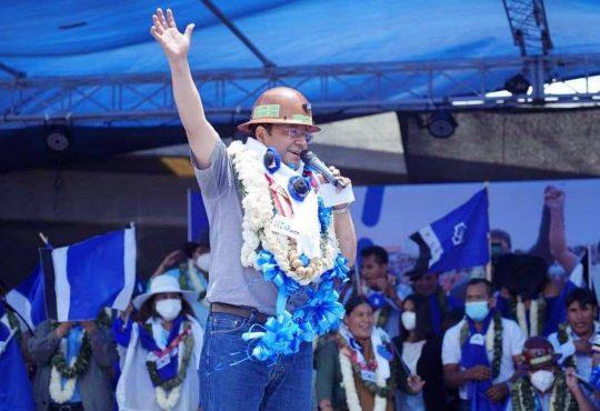 """Luis Arce: """"Necesitamos al pueblo en el gobierno"""""""