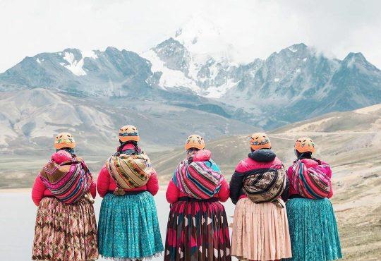 "Cholitas Escaladoras de Bolivia: ""Jamás nos hemos sacado las polleras, así hemos escalado tanto"""