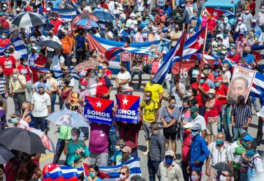 Crónica urgente desde Cuba